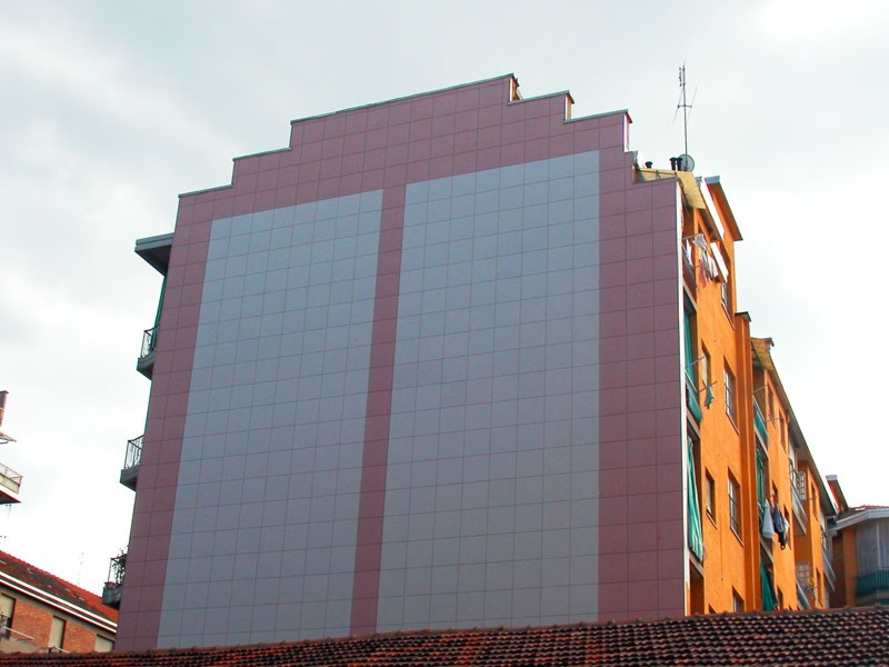 Rivestimenti In Pietra Parete Ventilata: Rivestire una parete tv architettura portato un canyon in.